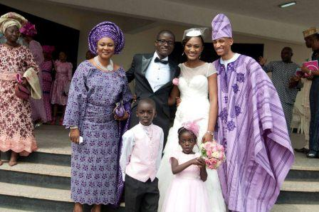 Couple with bride's parent (Otunba Adeolu)
